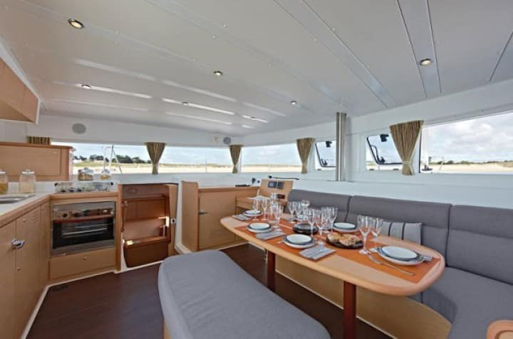 lagoon421-yacht-charter-croatia-sailing-holidays-croatia-booking-yacht-charter-croatia-catamarans-sailboats-motorboats-gulets-luxury-yachts-boat-rental-croatia-13