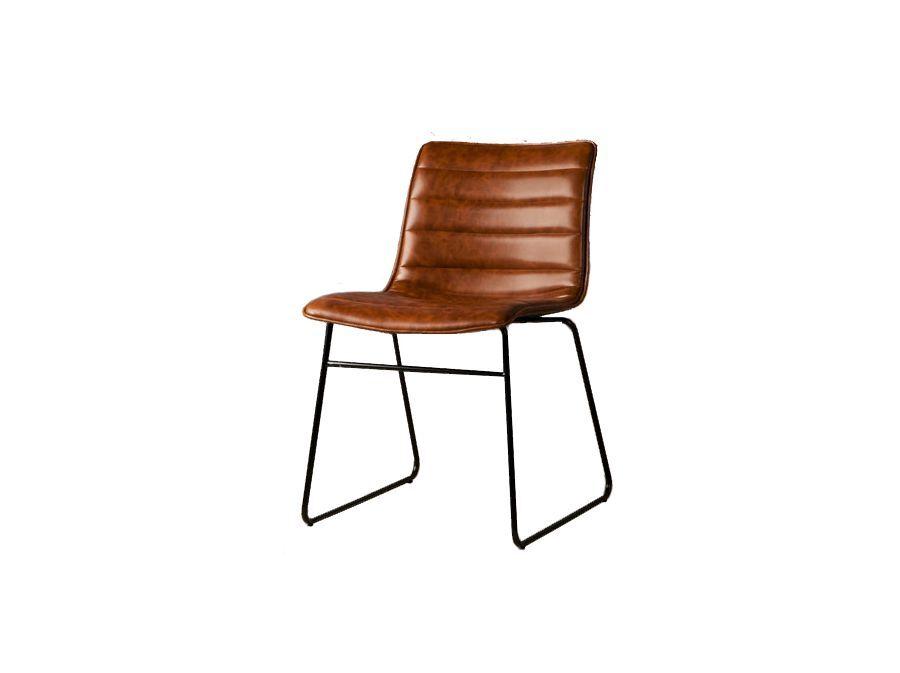 Moderne en industriële stoel cognac kleur te huur bij skippy rent