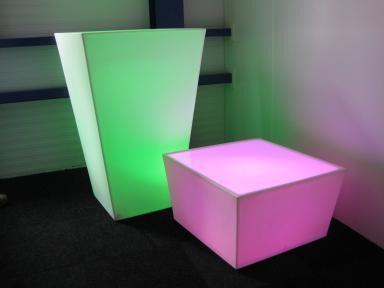 Conic tafel met LED