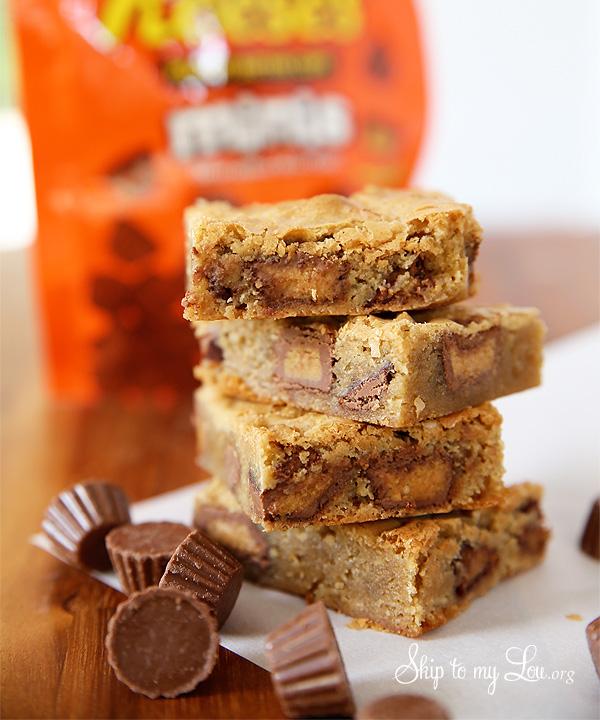 Reeces Peanut Butter Cup Blondies Recipe