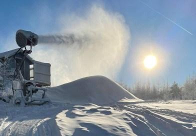 Vallåsen gemmer sne til næste sæson