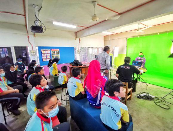 Projek 'Green Screen' Panitia Sains Dan Matematik