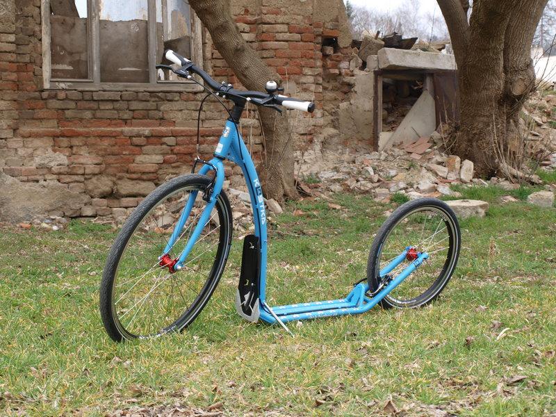 Koloběžka Kostka Tour 3 modrá