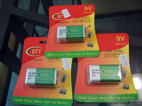 DealExtreme: Baterias Recarregáveis 9V Ni-MH 280mAh BTY
