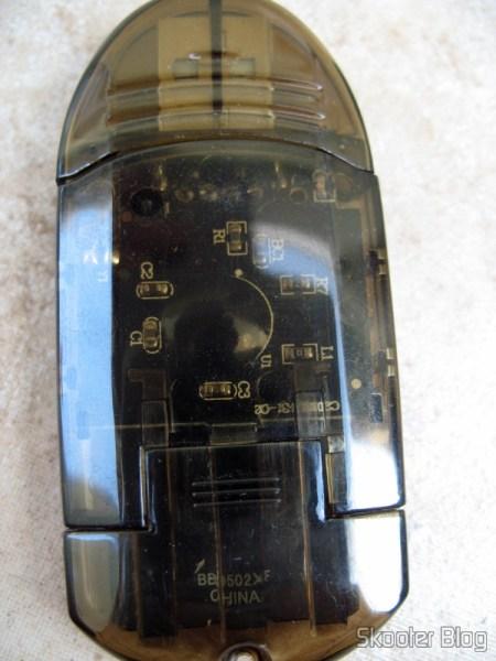 Parte de baixo do Leitor de cartões USB 2.0 SDHC (SDHC USB 2.0 Card Reader)