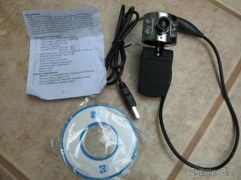 Webcam, com o folheto de instruções e miniCD de driver