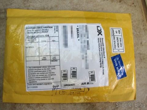 Primeiro pacote da DealExtreme com as pilhas GS Yuasa NiMH AAA