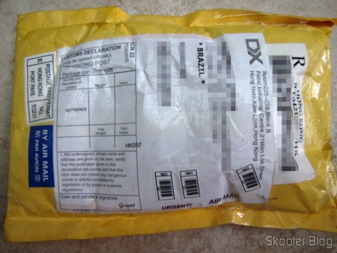 O pacote da DealExtreme, com registro, mas não tributado