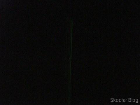 Rastro visível durante a noite no Laser Verde 532nm 5mW com logo da DX (2 pilhas AAA)