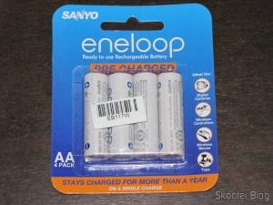 Pacote com 4 Pilhas Sanyo Eneloop 2000mAh genuínas