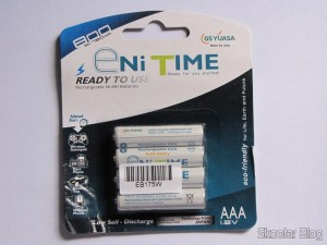 Bundled with 4 AAA NiMH rechargeable 750mAh 1.2V GS Yuasa Enitime