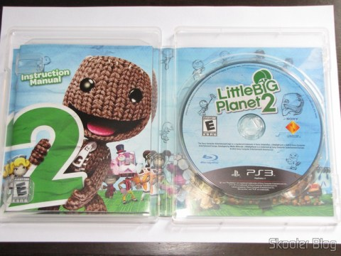 Manual e disco blu-ray do LittleBigPlanet 2 (PS3)