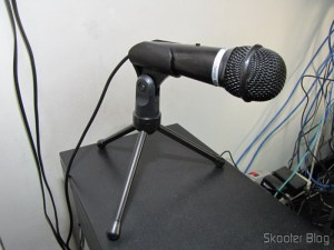 DICSONG DM-10 - Condenser Microphone with Tripod