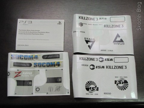 Manual e adesivos da Playstation Move Sharp Shooter