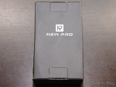 Caixa com o Medidor de Distância Ultrassônico com Apontador Laser e LCD de 2.0″ (Bateria 9V – G6F22)
