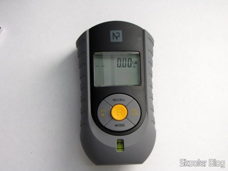 """Ultrasonic Distance Meter with Laser Pointer and LCD 2.0 """" (Bateria 9V - G6F22)"""