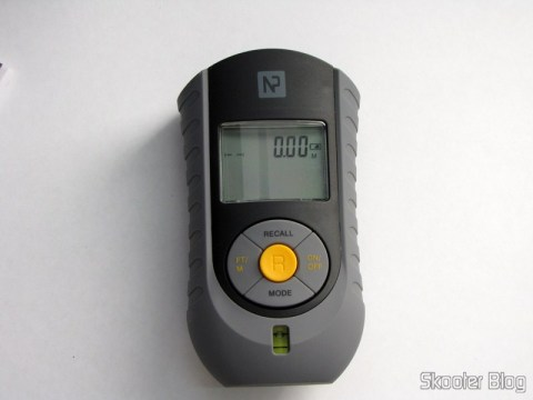 Medidor de Distância Ultrassônico com Apontador Laser e LCD de 2.0″ (Bateria 9V – G6F22)