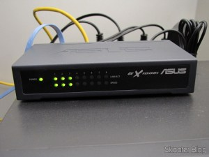Switch Ethernet ASUS GX1008X 8 Portas 10/100Mbps