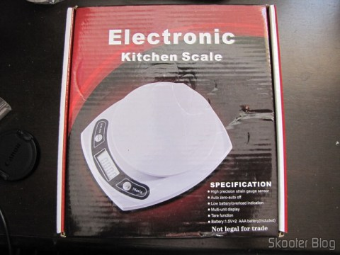 Kitchen Scales of 7lbs with accuracy of 1g (7kg x 1g Kitchen Helper Weighing Scale) in your mailbox