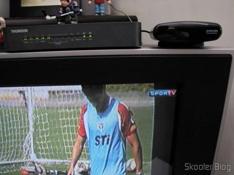 Repeater / Remote Control Extender 433MHz IR Wireless, to 200 metros Pakita PAT-433 (New 433MHz Wireless IR Remote Extender Repeater 200M) operation