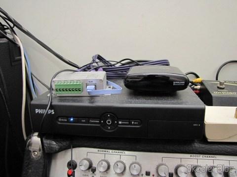 Repeater / Remote Control Extender 433MHz IR Wireless, to 200 metros Pakita PAT-433 (New 433MHz Wireless IR Remote Extender Repeater 200M) operation - Receptor