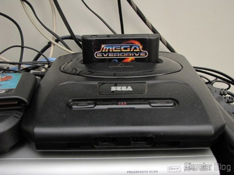 Mega EverDrive compartment cartridges Mega Drive