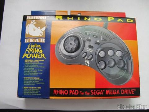 Controlador de 6 Botões ASCII 'Rhino' para Mega Drive (Mega Drive ASCII 'Rhino' 6 button controller) em sua caixa