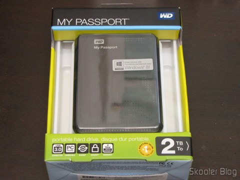 Hard disc (HD) Externo Portátil WD My Passport 2TB USB 3.0 Preto (WD My Passport 2TB Portable External Hard Drive Storage USB 3.0 Black), on its packaging