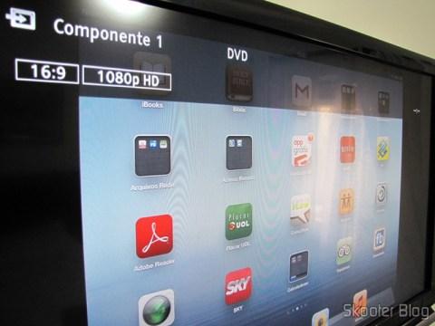 Conversor HDMI para VGA / Componente YPbPr / SPDIF, Colorido, Alta Definição (HDMI to VGA High Definition Color Converter w/ YPbPr / SPDIF - Black + White) funcionando em 1080p