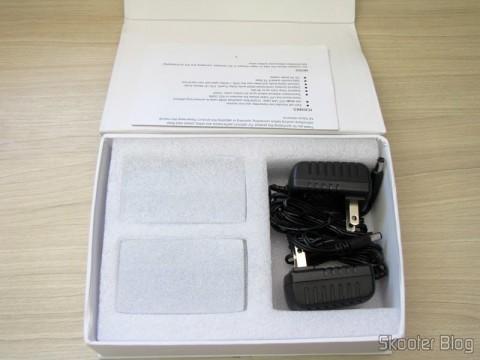 Abrindo a caixa do Conjunto Transmissor + Receptor Extensor de HDMI LINK-MI LM-EX11 (LINK-MI LM-EX11 HDMI Extender Transmitter + Receiver Set - Black)