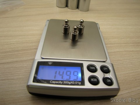 Testing the balance with 3 Weights 5 grams for Calibration Precision Digital (Professional Precision Digital Scale 5g Calibration Weight (5-gram))