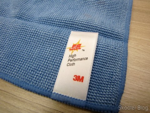 Detail Cleaning Fabric Label Hi-Tech Gadgets for 3M Scotch Brite (3M Scotch Brite Hi-Tech Cleaning Cloth for Gadgets (Random Color))