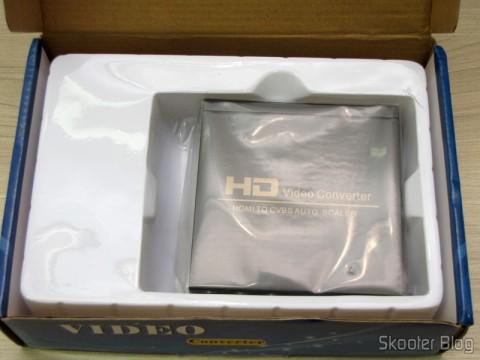 Conversor de HDMI para Vídeo Composto (CVBS) + Áudio Estéreo (HDMI to CVBS Video Converter) em sua caixa