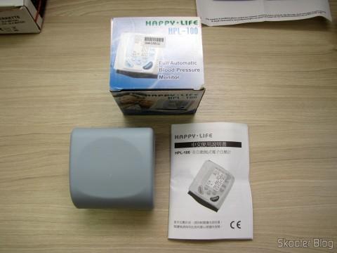 Caixa, Estojo e Manual do Monitor de Pressão Arterial de Pulso Totalmente Automático (Fully Automatic Wrist Blood Pressure Pulse Monitor)