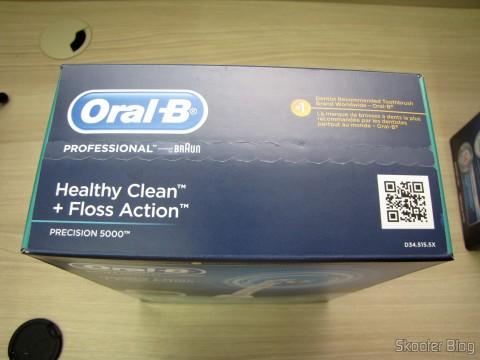 Escova de Dentes Elétrica Recarregável Oral-B Professional Healthy Clean + Floss Action Precision 5000 (Oral-B Professional Healthy Clean Floss Action Precision 5000 Rechargeable Electric Toothbrush(packaging may vary)), em sua embalagem