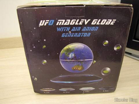 Globo Flutuante Maglev UFO Cheerlink 106mm c/ Gerador de Ânions (CHEERLINK 106mm UFO Maglev Floating Globe w/ Anion Generator – Blue + Black (US Plug / AC 100~240V)), em sua embalagem