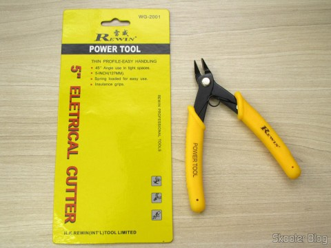 "Wire Cutter 5 ""Rewin (Rewin 5″ Electronic Wire Cutter – Yellow + Black), and its packaging"