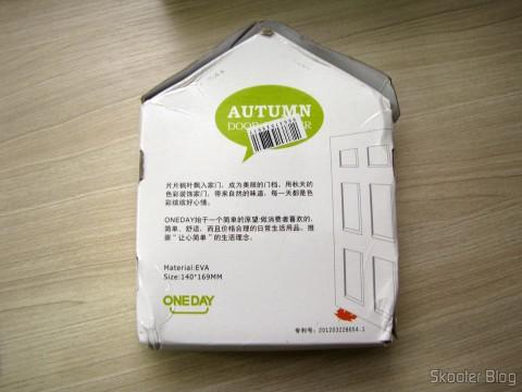 Para-Porta Estilo Folha de Maple Laranja (Maple Leaf Style Door Stopper Guard – Orange), em sua embalagem