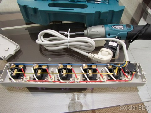 By Redeemer Filter Line with 5 Taken Universal and Individual Switches (5-Outlet Electric AC Power Bar Strip Splitter with Switch (250In))