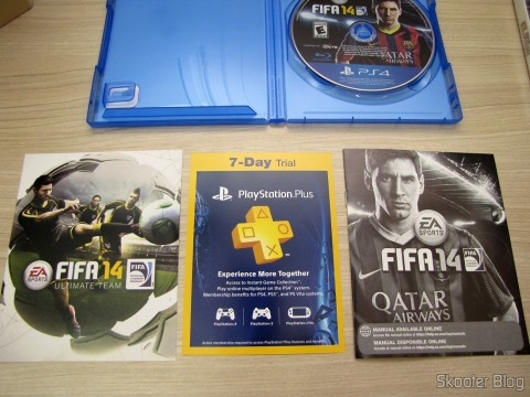 Fifa 14 (PS4) (US) with manual, 7 days of PSN Plus free and FIFA Ultimate Team Free