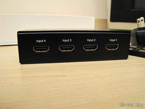 Entradas HDMI na Matriz HDMI 1080p LINK-MI LM-MX03 - 4 Entradas / 2 Saídas (LINK-MI LM-MX03 1080p HDMI Matrix - Black (4-In / 2-Out))