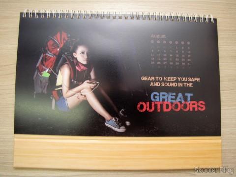 Calendário de Mesa da DX 2014 com Cupons de Desconto nos 12 meses, totalizando US$ 237,00 (DX 2014 Desk Calendar with 12 Months' Coupon Codes (Value USD$ 200)): Mês de Agosto