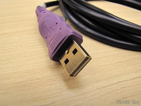 Conector USB de um dos Cabos de Carga e Dados USB macho para Micro USB macho Millionwell 01.0363 com 3 metros (Millionwell 01.0363 USB Male to Micro USB Male Data / Charging Cable - Purple (3m))