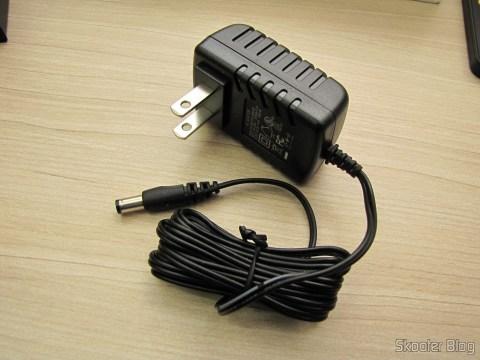 Fonte de Alimentação do Switch HDMI c/ Controle Remoto LINK-MI LM-SW04 1080p 3D 5 entradas p/ 1 saída (LINK-MI LM-SW04 1080P 3D 5 in 1 out HDMI Switch w/ Remote Control - Black)