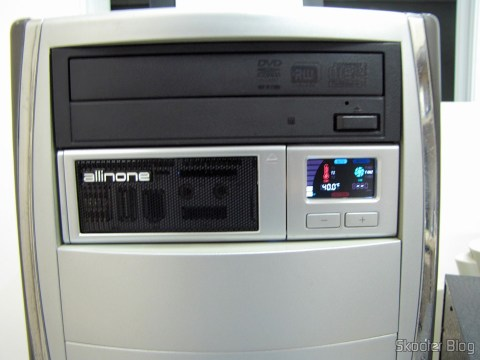 """Front panel Multifunctional Akasa AK-ALL-02SL All-in-One 2 to 5.25 bays"""" Installed silver"""