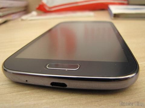 Película Protetora de Tela Matte (Fosca) para Samsung Galaxy Grand Duos (Protective Matte Screen Protector Films for Samsung Galaxy Grand i9080 / Duos i9082 - Transparent), depois de aplicada