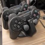 Official Dualshock 3 Charging Station (PS3) (SONY) em funcionamento