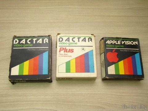 Cartuchos de 4 Jogos Dactar e Apple Vision