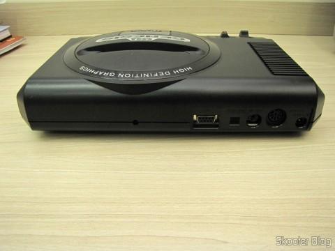 Parte traseira do Console Sega Genesis
