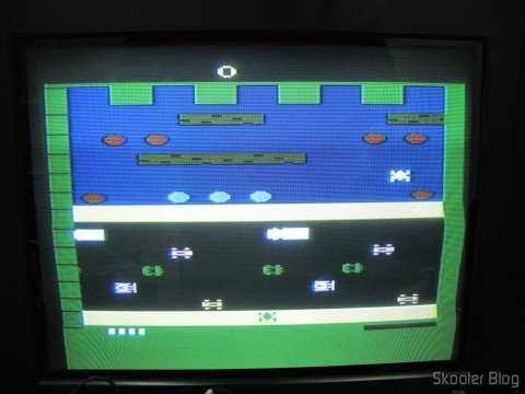 Frogger on Atari VCS / 2600 through the composite video output